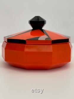 1920s Art Deco lucite powder bowl and puff