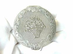 Art Nouveau Designer POWDER BOX Etched All Over Compact Solid Silver J.E. France ca.1880 Vanity Collectibles Vintage Fashion Accessories