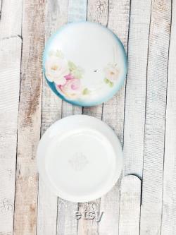 DIVINE Porcelain powder box with lid made by Johann Seltmann 1911-1932