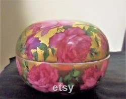 Early 1900's Powder Box Trinket Box. Porcelain. Czechoslovkia. Gold with Pink Roses.