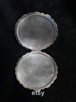 Floral shape vintage silver powder box