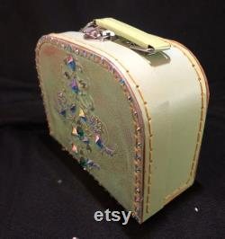 Small Green Decorative Customised Case for Make Up, Trinkets, a Cute Evening Bag or Child s Case