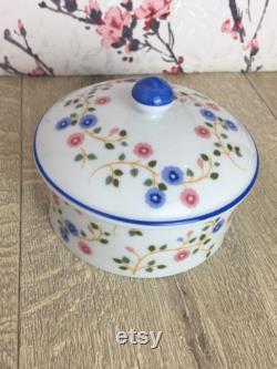 St Michael powder pot , floral trinket dish with lid , Vintage Marks and Spencer home-wares