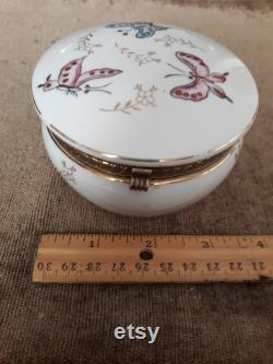 Vintage Irice Porcelain Powder Box with Hinged Lid and Hand painted Butterflies in Pink and Blue. Boudoir Dresser Accessory with paper label