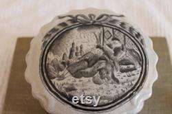 Vintage Toyo Japanese Porcelain Powder Jar or Trinket Box Adorned with A Black Transfer Scene Titled La Vue