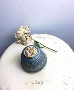 Vintage Vanity Music Box, Silver metal Powder Puff Box, Antique Music Box, Jewelry Storage, gift for her