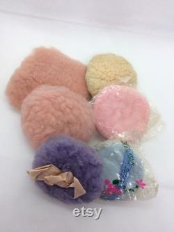 Vintage lot of Powder Puffs 6 puffs